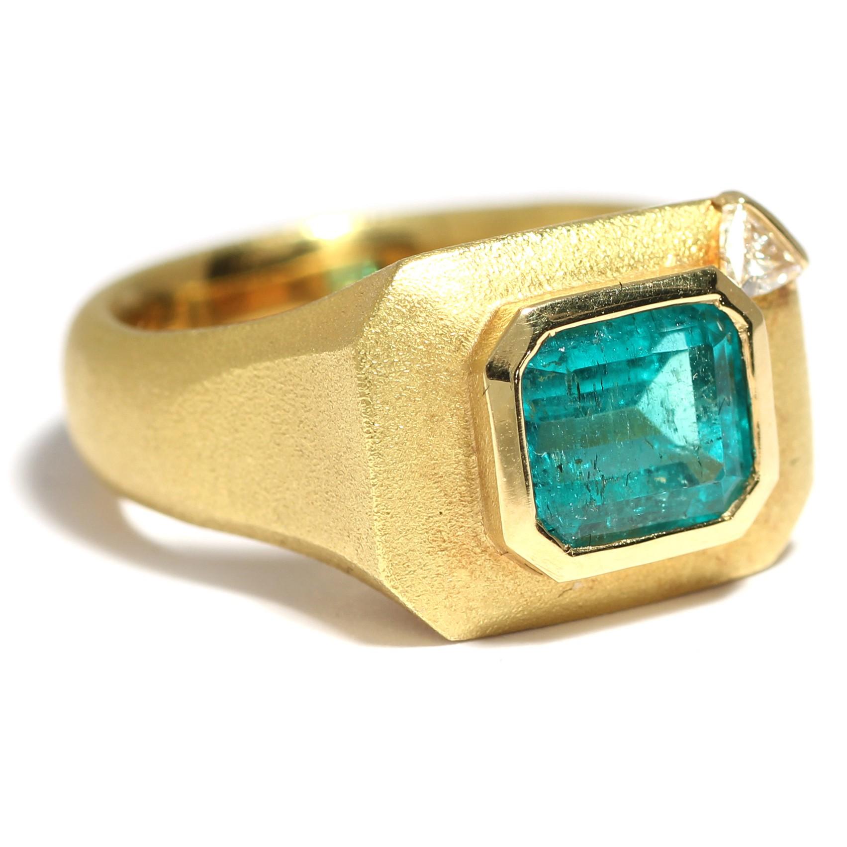 hochfeiner massiver 1 52 ct smaragd ring 750 gold trillant diamant handarbeit ebay. Black Bedroom Furniture Sets. Home Design Ideas