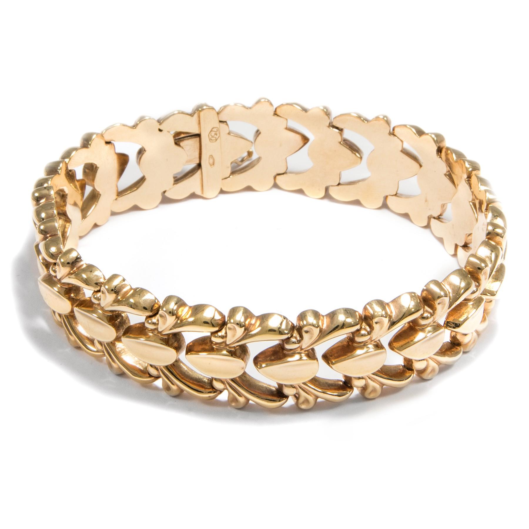 sattes gold und elegante form armband aus 750er gold italien um 1960 18 karat ebay. Black Bedroom Furniture Sets. Home Design Ideas